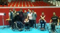 Sümbül Engelliler Spor Kulübünden Gönüllü Koçlarına Doğum Günü  Sürprizi