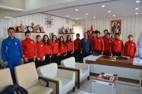 Bilecik Temsilcisi Basketbol Ve Voleybol Takımları Uşak'a Uğurlandı