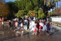 GAZİ İLKÖĞRETİM OKULU - Fethiye'de Belediye Karı Okul Bahçesine Taşıdı