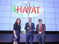 YÜZ YÜZE - Hayat Su'ya 'En Başarılı Marka' Ödülü