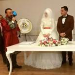 YUNUS EMRE KÜLTÜR MERKEZİ - İzmit'te Bir Yılda 2 Bin 974 Çift Evlendi
