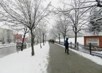 SOĞUK HAVA DALGASI - Kosova'da Çocukların Kar Sevinci