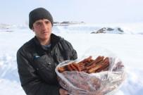 Köy Köy Gezerek Tatlı Satıyor