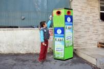 SERVERGAZI - Merkezefendi'de 'Biz Çöp Değiliz' Geri Dönüşüm Kutuları Dağıtıldı
