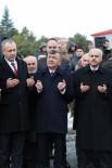 ERTAN PEYNIRCIOĞLU - Niğde Belediyesi Halep'e 8 Yardım TIR'ı Gönderdi