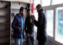 BENZERLIK - 'Ortaköy saldırganı camide' ihbarı polisi harekete geçirdi