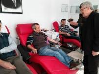 KEREM KINIK - Osmaniyeliler Kan Bağışı Davetine Uydu