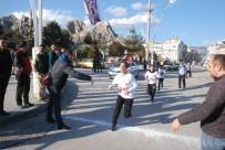 PARA ÖDÜLÜ - Tokat'ta Mehmet Akif İnan Anısına Koşu Düzenlendi