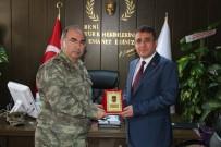 SAĞLIK ÇALIŞANLARI - Tümamiral Bilgiç'den Dr. Happani'ye Plaket