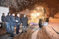 FARUK ÇELİK - Başkan Çelik'ten Gece Yarısı Kar Mesaisi