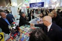 YEREL YÖNETİMLER - Başkan Yaşar Ankara Kitap Fuarında