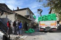 YOKSULLUK SINIRI - Büyükşehir'de İhtiyaç Sahiplerine Yakacak Desteği