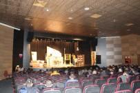 GENEL SANAT YÖNETMENİ - Kader Mahkumlarına Özel Tiyatro Oyunu