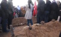 Kahraman Şehit Fethi Sekin'in Naaşı Annesinin Yanına Defnedildi