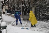 KAR KÜREME ARACI - Odunpazarı Belediyesi Karla Mücadeleye Devam Ediyor