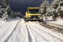 SAĞANAK YAĞMUR - Pamukkale Belediyesi'nin Karla Mücadelesi Sürüyor