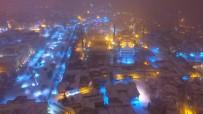SULTANAHMET CAMII - Sultanahmet'te Eşsiz Kar Manzarası