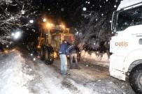 Turgutlu'da Ekipler Gece Boyunca Çalıştı