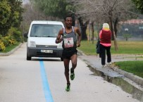 PARA ÖDÜLÜ - 7. Uluslararası 5 Ocak Adana Kurtuluş Yarı Maratonu Ve Halk Koşusu