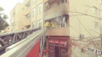 Ayvalık'ta Balkonda Yangın Çıktı