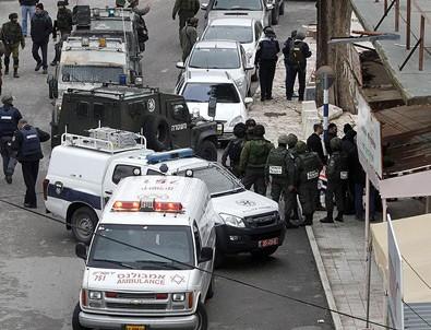 İsrail'de kamyon askerlerin bulunduğu alana girdi: 4 ölü