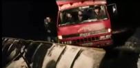 DONMA TEHLİKESİ - Karda Mahsur Kalan Çiftçiler Kurtarıldı