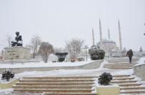 SELIMIYE CAMII - Selimiye Camiinden Kar Manzaraları