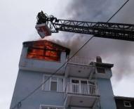 3 Katlı Evin Çatısında Çıkan Yangın Korkuttu