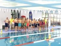 YEREL YÖNETİMLER - Adana'da Havuzda Oryantiring Yarışması