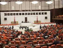 AK Parti ile CHP arasında sahte pusula tartışması