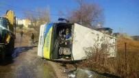 BUCASPOR - Bucaspor Futbol Akademisi'nin Öğrencilerini Taşıyan Otobüs Devrildi