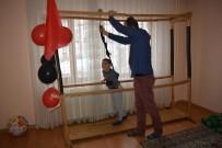 KAYABAŞı - Çocuğunun Tedavisi İçin Tahtalardan Fizik Tedavi Aletleri Yaptı
