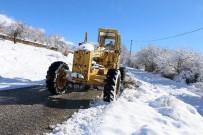 Erzincan'da 144 Köy Yolu Ulaşıma Kapandı