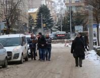 SABIKA KAYDI - Gazi Ve Şehitler Derneğine Giren Hırsız Yakalandı