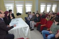 ÖĞRENCİ MECLİSİ - İl Milli Eğitim Müdürü Durmuş, İl Öğrenci Meclisi Başkanı Ve Üyeleriyle Bir Araya Geldi