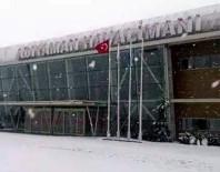 UÇAK SEFERLERİ - Kar Nedeniyle Uçak Seferleri İptal Edildi