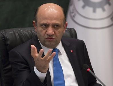 Milli Savunma Bakanı Fikri Işık'tan Başika Kampı açıklaması