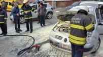Otomobil Yandı, Yardımına İtfaiye Koştu