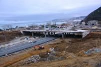 TRAFİK SORUNU - Trabzon'da Trafik Yoğunluğuna Neden Olan Yonca Kavşak İnşaatı Şekilleniyor