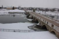 Tunca Nehri Akmıyor, Meriç Kısmen Buz Tuttu