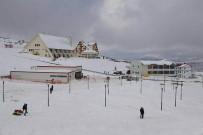 Yıldız Dağı'nda Kar Kalınlığı 95 Santime Ulaştı
