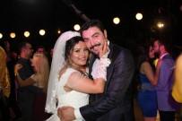 RADYOTERAPİ - Anaokulu Öğretmeni Kanseri Yendi, Hayallerindeki Düğünü Yaptı