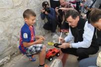BADMINTON - Başkan Gökçek'ten Çocuklara Hediye Sürprizi