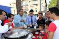 Erzincan'da Vatandaşlara Aşure İkramı