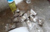 KİMYASAL MADDE - Kimyasal Madde Konulmuş Esrar Satan Torbacılara Suçüstü