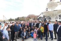 TEZAHÜRAT - Minibüsçü Esnafı Ve Aileleri ANKAPARK'ta Doyasıya Eğlendi