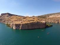 DRAGON BOT YARIŞLARI - Tarihi Rumkale Su Sporu Festivaline Ev Sahipliği Yaptı