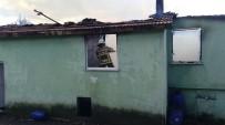 6 Kişilik Aile Çıkan Yangında Evsiz Kaldı