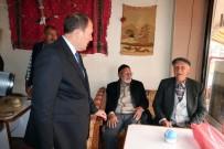 83 Yaşındaki Koçsoy, Yazdığı 15 Temmuz Şiirini Karacan'a Okudu