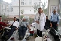 AK Partililer Kan Bağışında Bulundu